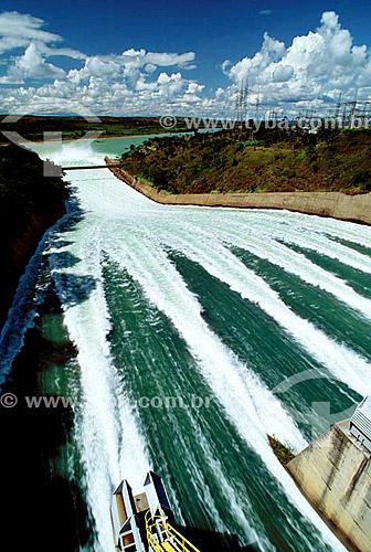 Hidrelétrica Três Marias - Rio São Francisco - MG - Brasil  - Três Marias - Minas Gerais - Brasil