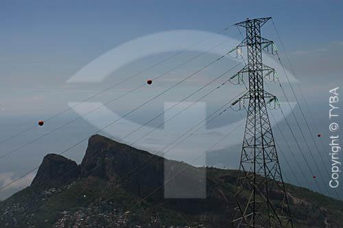 Linhas de transmissão de energia elétrica - torres de transmissão - cabos de alta tensão - Brasil  - Rio de Janeiro - Rio de Janeiro