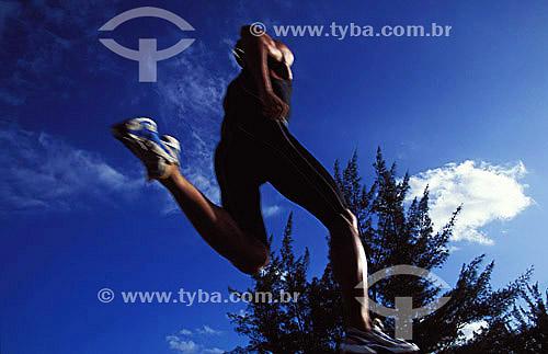 Esporte - atletismo - Salto em distância