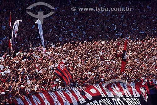 Jogo de futebol - torcida do Flamengo - RJ - Brasil  - Rio de Janeiro - Rio de Janeiro - Brasil