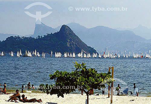 Iatismo - Regata na Baía da Guanabara com Corcovado ao fundo - Rio de Janeiro - RJ - Brasil  - Rio de Janeiro - Rio de Janeiro - Brasil