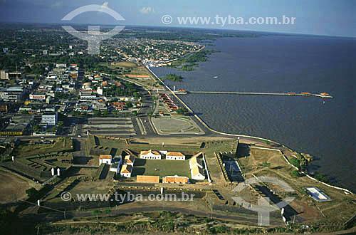 Imagem aérea da Fortaleza de São José de Macapá  e do trapiche Eliézer Levy - frente da cidade de Macapá - AP - setembro de 1999 - Brasil  A Fortaleza, atualmente, funciona como Museu Territorial e é Patrimônio Histórico Nacional desde 22-03-1950.  - Macapá - Amapá - Brasil