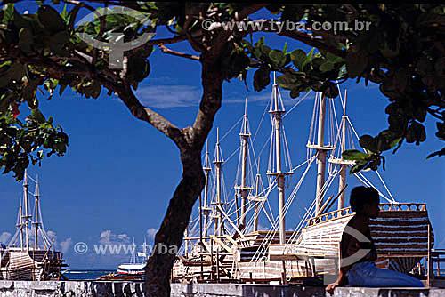 Caravelas usadas na festa de comemoração pelos 500 anos do Brasil - Porto Seguro  - BA - Brasil  A área denominada Costa do Descobrimento (Reserva da Mata Atlântica) é Patrimônio Mundial pela UNESCO desde 01-12-1999 e nela estão localizadas 23 áreas de proteção ambiental na Bahia (incluindo Porto Seguro).  - Porto Seguro - Bahia - Brasil