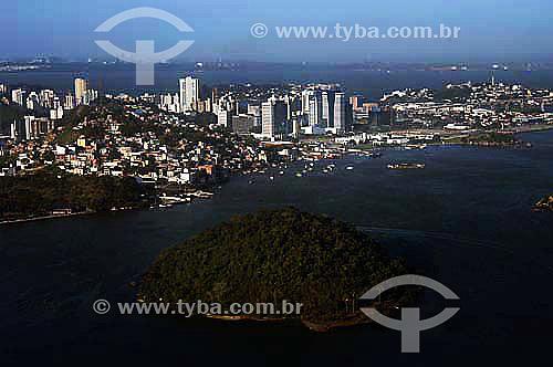 Vista aérea de Vitória, Baía de Vitória, ES - Nov.2006.  - Vitória - Espírito Santo - Brasil