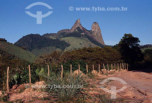 Assunto: Pedra do Frade e da Freira / Local: Espírito Santo (ES) - Brasil / Data: 2007