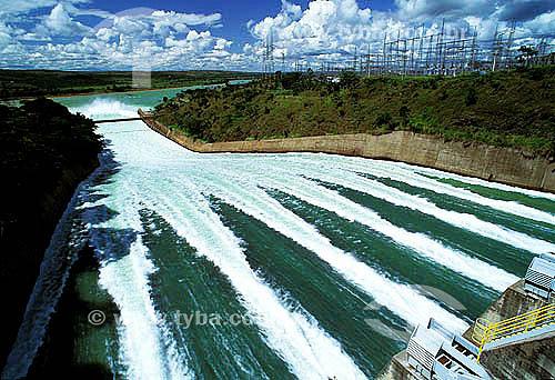 Hidrelétrica de Três Marias - Rio São Francisco - Minas Gerais - Brasil / 1992  - Três Marias - Minas Gerais - Brasil