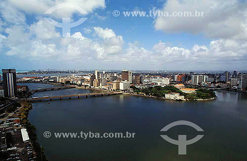 Vista aérea do Rio Beberibe em Recife - Pernambuco - Brasil / Data: 2008
