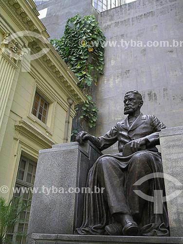 Estátua de Machado de Assis do escultor Humberto Cozzo - Academia Brasileira de Letras (ABL) - Rio de Janeiro - RJ - Brasil. Data: Fevereiro 2008