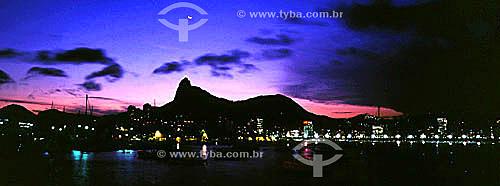 Skyline da praia do Flamengo - Cristo Redentor ao fundo - Rio de Janeiro - RJ - Brasil  - Rio de Janeiro - Rio de Janeiro - Brasil