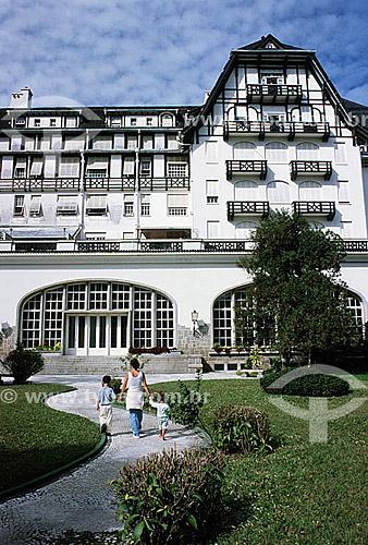 Hotel Quitandinha  - Petrópolis - Região serrana do estado do Rio de Janeiro - RJ - Brasil Em estilo normando, cuja presença na arquitetura de Petrópolis é bastante forte, devido à colonização alemã, foi construído em 1944 para ser o maior cassino hotel da América do Sul.  - Petrópolis - Rio de Janeiro - Brasil