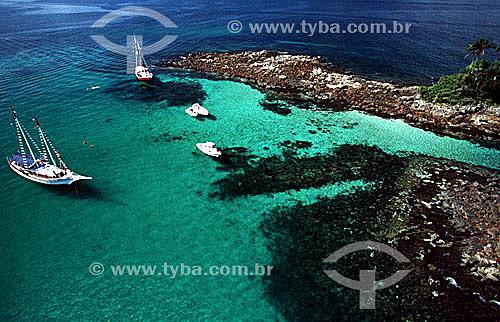 Vista aérea de barcos em ilha de Angra dos Reis - Costa Verde - RJ - Brasil / Data: 2007
