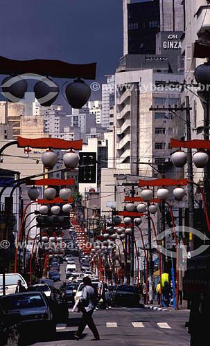 Assunto: Rua Galvão Bueno no Bairro da Liberdade  (bairro japonês) - São Paulo (SP) - Brasil / Data: 2002