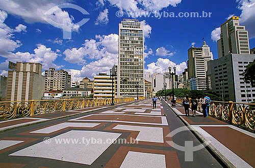 Viaduto Santa Efigênia - Centro de São Paulo - SP -  Fevereiro 2002  - São Paulo - São Paulo - Brasil