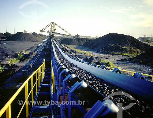 Esteira para transporte de minérios - Porto de Sepetiba - RJ - Brasil  - Rio de Janeiro - Rio de Janeiro - Brasil