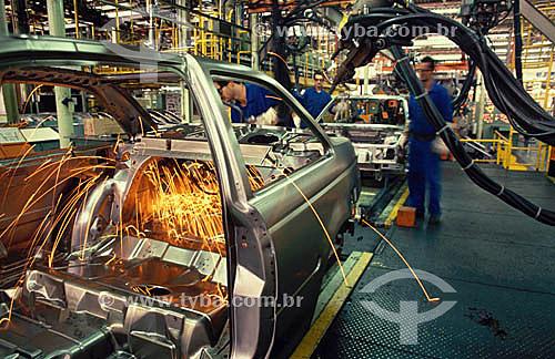 Indústria automobilística - Linha de montagem - Autolatina / Ford - São Bernardo do Campo - São Paulo  - São Paulo - São Paulo - Brasil