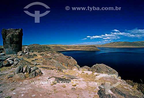 Ruínas - Lago Titicaca - Peru