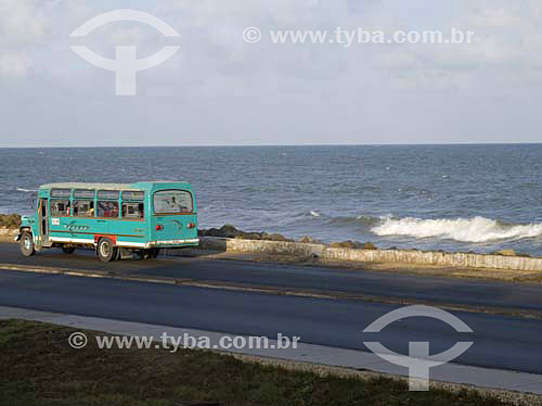Ônibus em Cartagena - ColômbiaFev/2007