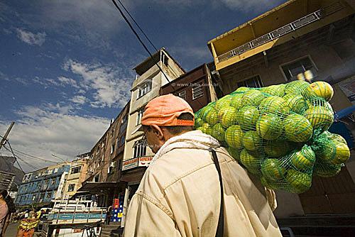 Vendedor ambulante - Rocinha - Rio de Janeiro - RJ - BrasilMar/2007  - Rio de Janeiro - Rio de Janeiro - Brasil