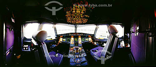 Cabine de comando de um avião