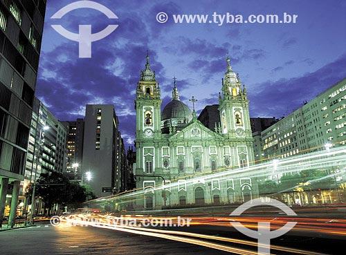 Assunto: Igreja de Nossa Senhora da CandeláriaLocal: Avenida Presidente Vargas - Centro - Rio de Janeiro - RJData: 21/05/2000