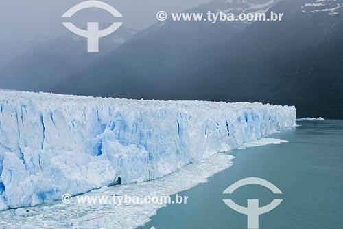 Assunto: Glaciar Perito MorenoLocal: Parque Nacional Los Glaciares, El Calafate, Santa Cruz, PatagôniaPaís: ArgentinaData: 16/01/2007