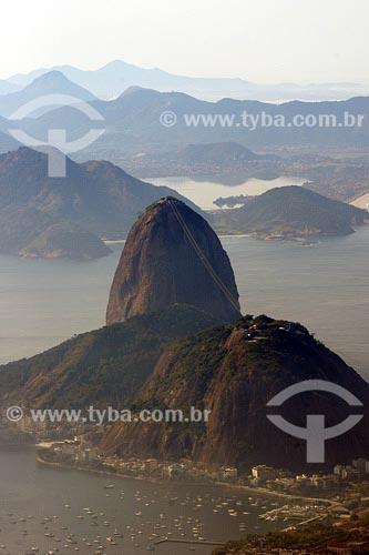Assunto: Vista do Pão de Açúcar com Niterói ao fundoLocal: Rio de Janeiro - RJData: 26/06/2004