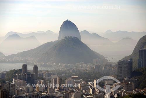 Assunto: Botafogo com Pão de Açúcar ao fundoLocal: Rio de Janeiro - RJData: 06/05/2006