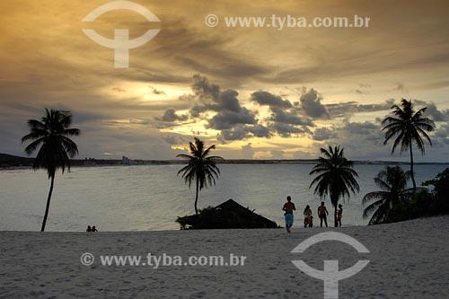 Assunto: Praia de GenipabúLocal: Extremóz -RNData: 05/2006