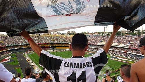 Assunto: Torcida do Corinthians no Estádio Morumbi / Local: São Paulo - SP / Data: 03/2008