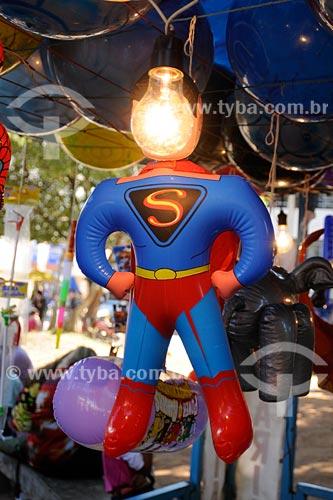 Santo Antônio de Pádua -  Super Homem, brinquedo inflavel -  Quermesse em comemoração ao Dia de Santo Antônio, 13 de junho, padroeiro da cidade - Noroeste Fluminense - Rio de Janeiro  - Santo Antônio de Pádua - Rio de Janeiro - Brasil