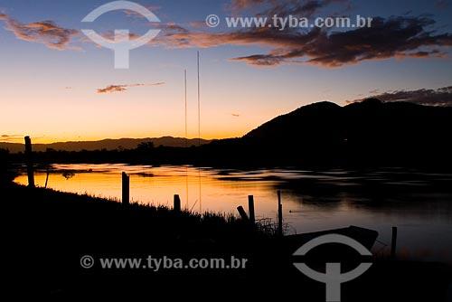 Assunto: Pôr-do-sol na foz do Rio Biguaçu / Local: Biguaçu - SC / Data: 05/2008