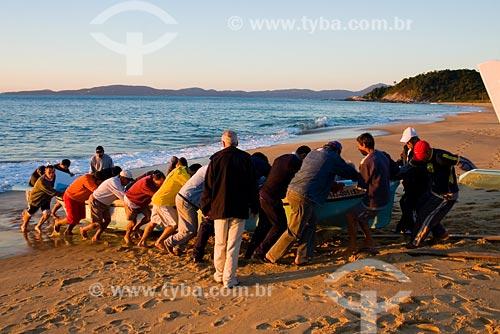 Assunto: Praia do Estaleirinho / Local: Balneário Camboriú - SC - Brasil / Data: 10/06/2008