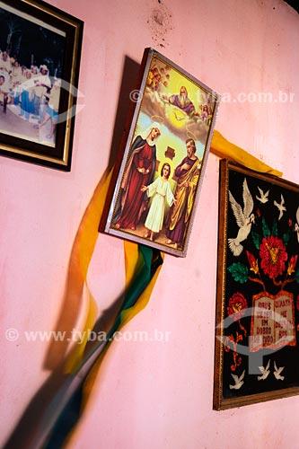 Assunto: Quadros em parede rosa - Interior de casa / Local: Bairro das Laranjeiras - Açailandia - MA / Data: 08/2008