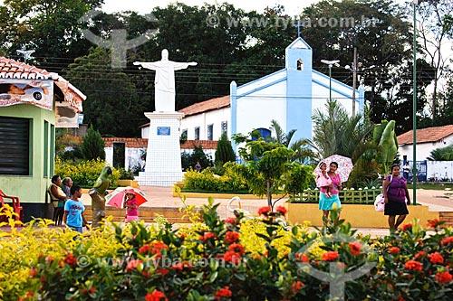 Assunto: Praça da Matriz com estátua do Cristo / Local: Cidelândia - MA / Data: 08/2008