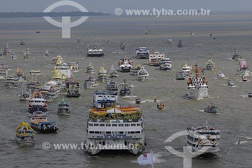 Assunto: Embarcações na procissão fluvial para Nossa Senhora de Nazaré - Círio de Nazaré - Rio Guajará / Local: Belém (PA) / Data: 11 de Outubro de 2008