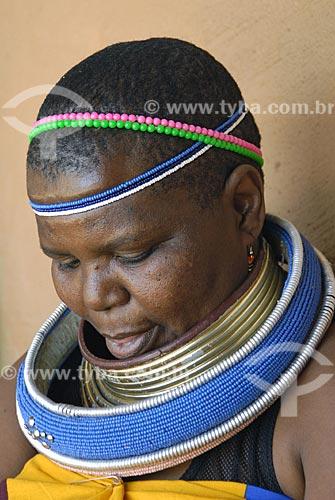 Assunto: Mulher negra sul africana / Local: Lesedi - Johannesburg - África do Sul / Data: 11 de Março de 2007