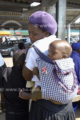 Assunto: Comércio típico de Jozini / Local: Jozini - Umkhanyakude - Kwazulu Natal - África do Sul / Data: 13 de Março de 2007