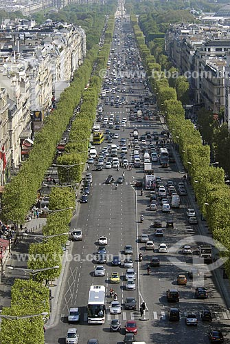 Assunto: Avenue des Champs-Élysées / Local: Paris - França / Data: 18 de Abril de 2007