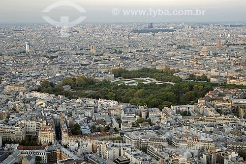 Assunto: Vista aérea do Jardin du Luxembourg (Jardim de Luxemburgo) ao entardecer / Local: Paris - França / Data: 20 de Abril de 2007