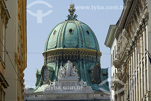 Assunto: Portal Michelertor do Palácio Hofburg / Local: Viena - Áustria / Data: 22 de Abril de 2007
