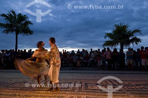 Assunto: Casal dançando o carimbó no antigo porto de belém / Local: Belém - Pará (PA) - Brasil / Data: 07/2008