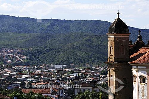 Assunto: Vista da cidade de Mariana com a torre da Igreja São Pedro dos Clérigos em primeiro plano / Local:  Mariana - Minas Gerais (MG) - Brasil / Data: 19/04/2009