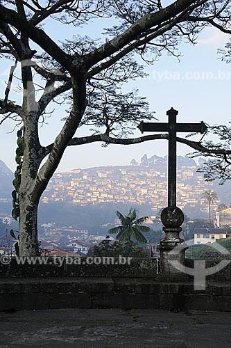 Assunto: Cruzeiro na Ponte Marília de Dirceu, também conhecida como Ponte dos Suspiros / Local: Ouro Preto - Minas Gerais (MG) - Brasil / Data: 21/04/2009