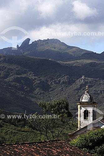 Assunto: Igreja de Nossa Senhora das Mercês e Perdões, ou de Mercês de Baixo, com Pico do Itacolomi ao fundo / Local: Ouro Preto - Minas Gerais (MG) - Brasil / Data: 21/04/2009