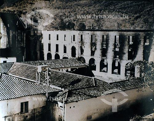 Assunto: Foto histórica do incêndio no Colégio do Caraça - reprodução Museu do Caraça - santuário ecológico / Local: Parque Natural do Caraça -  Minas Gerais (MG) - Brasil / Data: 21/04/2009