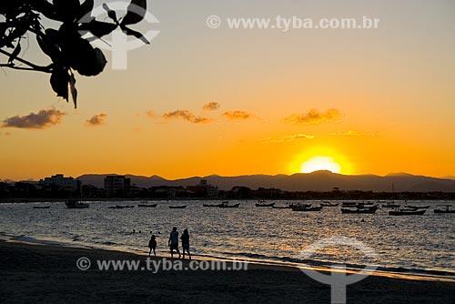Assunto: Pôr-do-sol na Praia da Enseada / Local: São Francisco do Sul - Santa Catarina (SC) - Brasil / Data: 18/04/2009