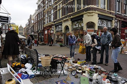 Assunto: Feira livre e antiquário / Local: Delft - Holanda / Data: Maio 2009