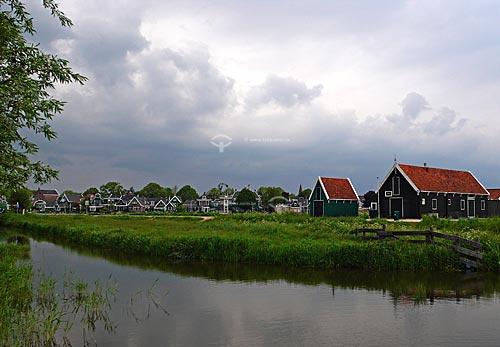 Casas típicas de Zaanse Schans, próximo à Amsterdam - Amsterdam - Holanda / 2009