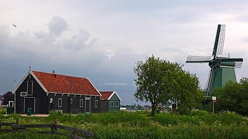 Moinhos em Zaanse Schans, próximo à Amsterdam - Amsterdam - Holanda / 2009