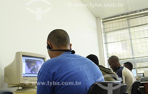 Assunto: Colégio Estadual Monteiro de Carvalho  - Sala de informática (CDI)Local: Santa Teresa - Rio de Janeiro (RJ)Data: 09/07/2009